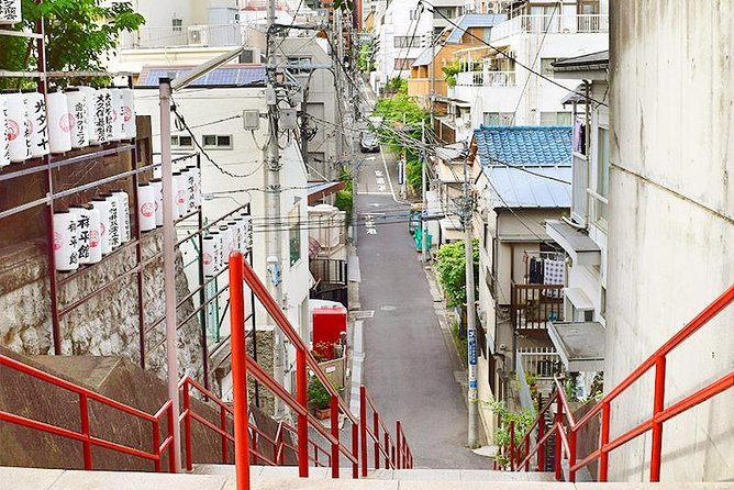 Private Tour - Pilgrimage of the most popular anime movie in Yotsuya & Shinjuku