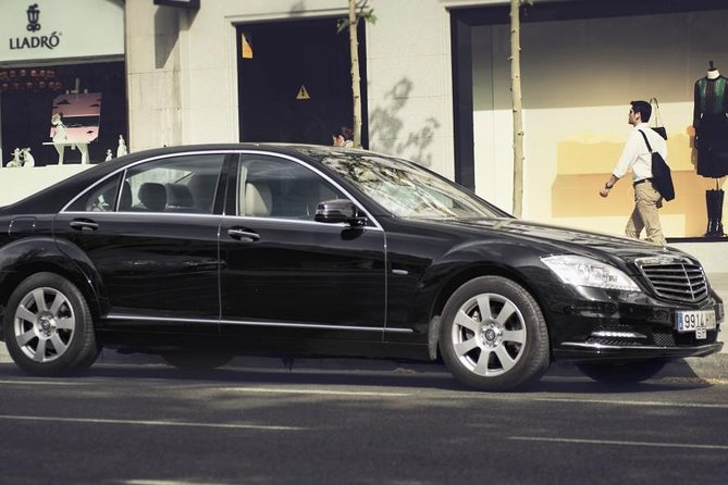 Private Transfer from Greenock Port to GLA Airport or Glasgow City by Luxury Car