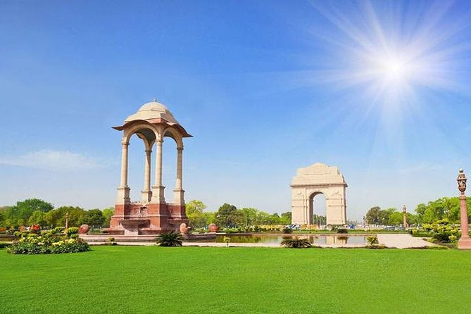 03 Day Golden Triangle Tour from Delhi (Bus)