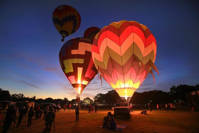 travel in a hot air balloon and enjoy good wine in casablanca valley
