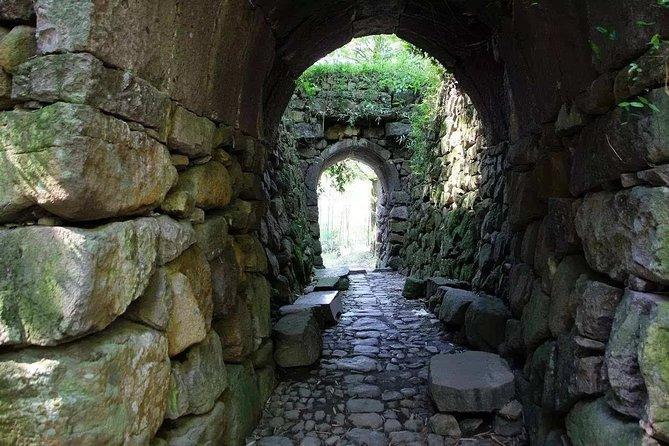 Day Trip to Zen Futuo Temple, Hangxuan Old Path and Dusong Pass from Hangzhou