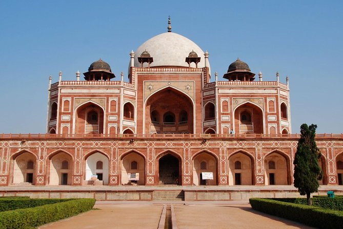 Humayun tomb the Precursor of Taj Mahal with Lunch