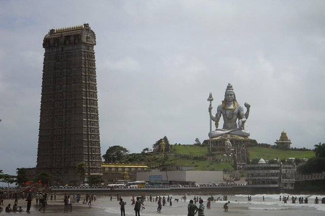 Murudeshwar Temple & Beach Tour from Goa
