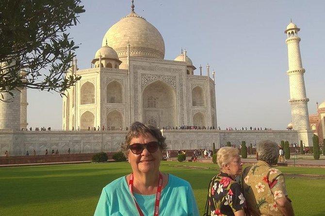 Overnight Agra & sightseeing