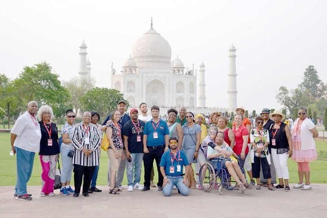 Taj Mahal Tour from Mumbai with Flight