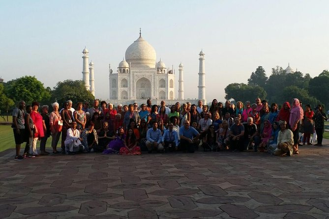 Book 3 Nights in Delhi and get day trip to Agra FREE