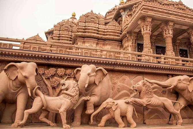Akshardham Temple Tour with hotel transfers