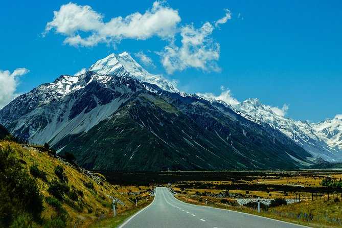 Private Transfer: Christchurch to Mount Cook