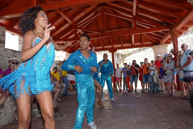 Salsa and champeta clases,Sightseeing and Shopping