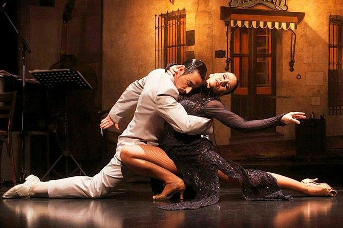 El Viejo Almacen Dinner and Tango Show with Optional Private City Tour