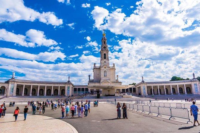 Fátima y Coimbra: Tour Privado de Día Completo desde Oporto