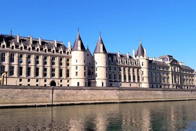 The Medieval Heart of Paris (History Walk)