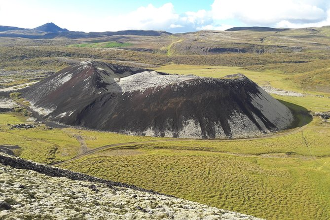 Crater & Waterfalls Private Tour