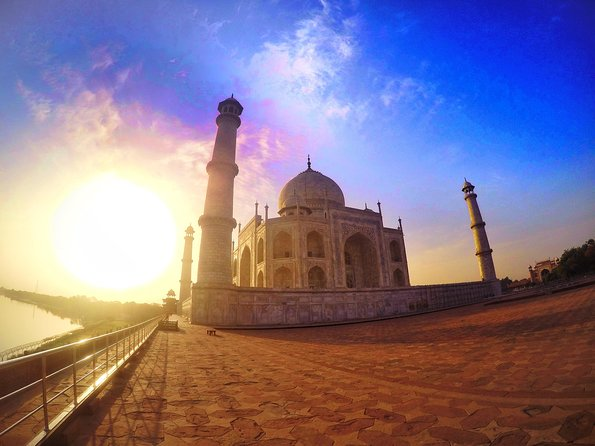 Sunrise Tour of The Taj Mahal With Fatehpur Sikri from Agra