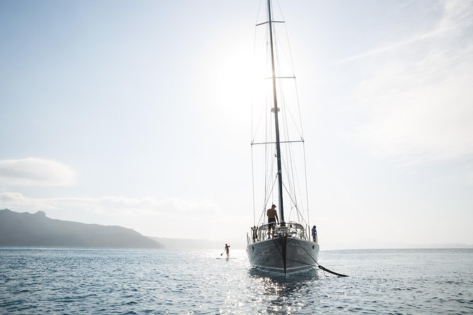 1-Night Whitsundays Private Charter Aboard Cruising Yacht Milady