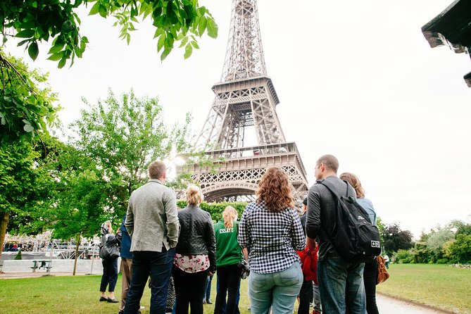 Skip the Line: Small-Group Eiffel Tower Sunset Tour photo 9