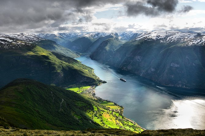 Private Full Day Roundtrip From Oslo To Sognefjord with Flam Railway