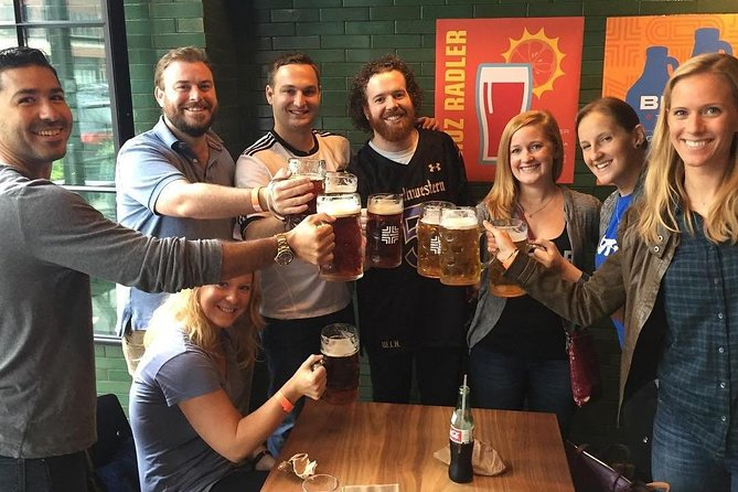 Bikes, Bites, and Brews: Chicago's Signature Dishes Bike Tour photo 3