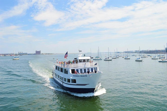 Boston Historic Sightseeing Harbor Cruise photo 1