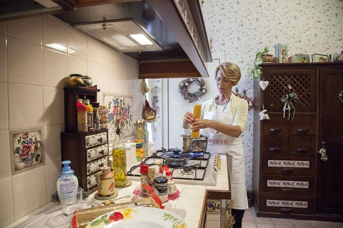 Dining experience at a local's home in Lecce with show cooking