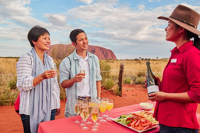 Uluru (Ayers Rock) Outback Barbecue Dinner and Star Tour photo 4