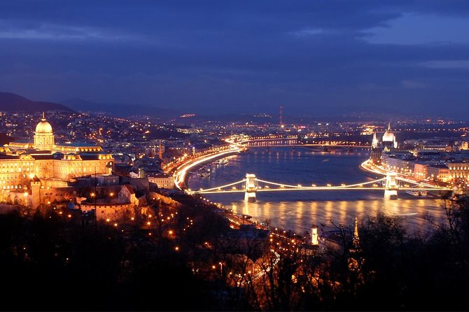 Budapest Danube River Evening Sightseeing Cruise by Legenda City Cruises photo 10