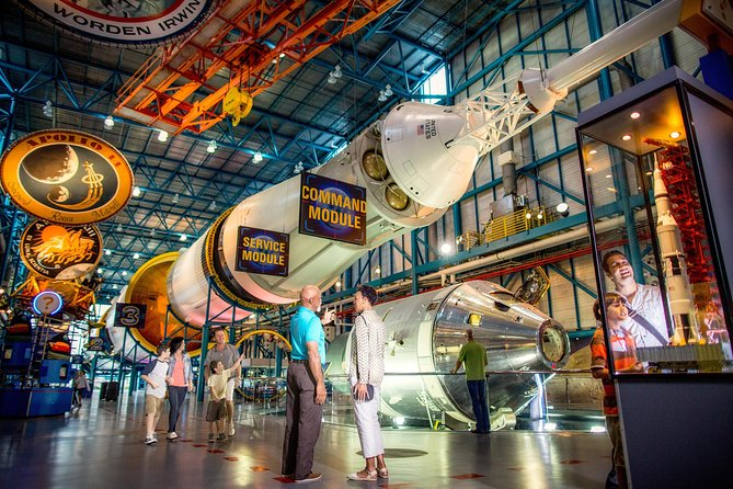 Kennedy Space Center Ultimate Experience: Dine with an Astronaut and Up-Close Tour with Transport from Orlando