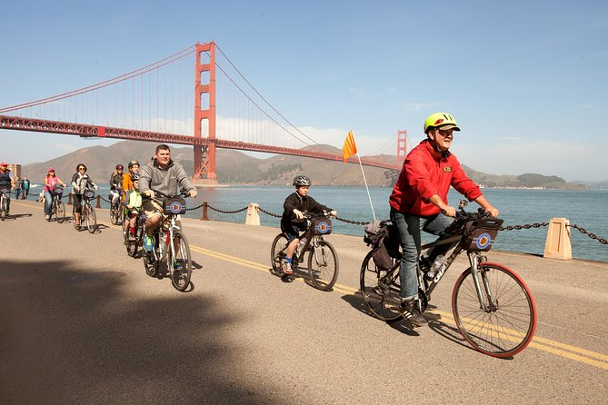 Fietstocht over de Golden Gate Bridge in San Fransisco naar Sausolito