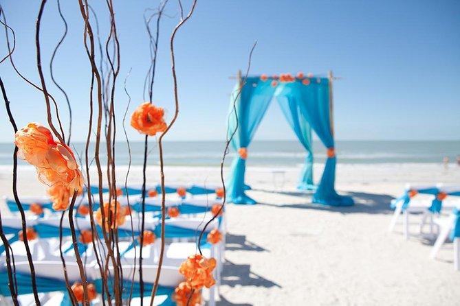 Couple wedding on Goa Beach
