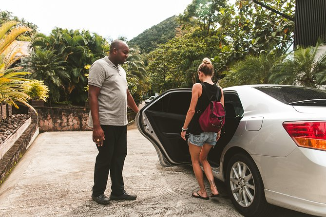 Transfer from St Lucia Airport (UVF) to Stonefield Plantation