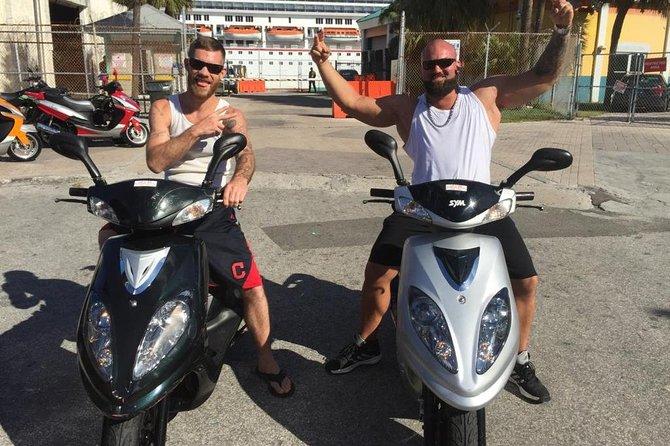 8 Hour Scooter Rental in Nassau