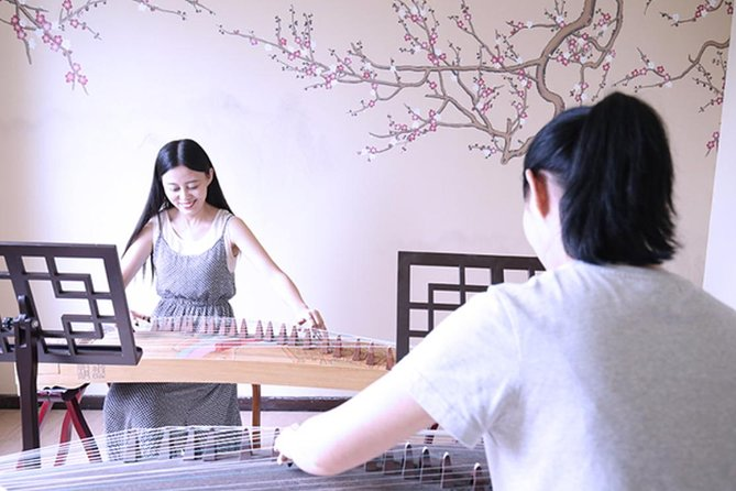 Half day culture tour: learn Guzheng, the oldest China folk musical instrument!