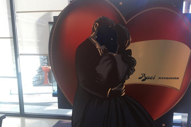 Valentine's day at the Perugina chocolate factory: say it with a kiss!