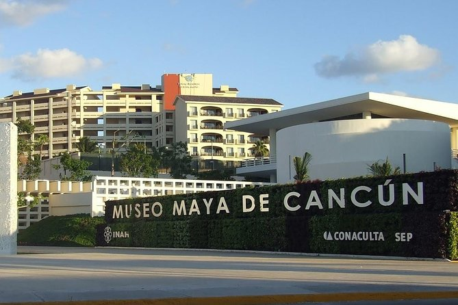 Cancun Day Trip: Museo Maya and El Rey Ruins Tour