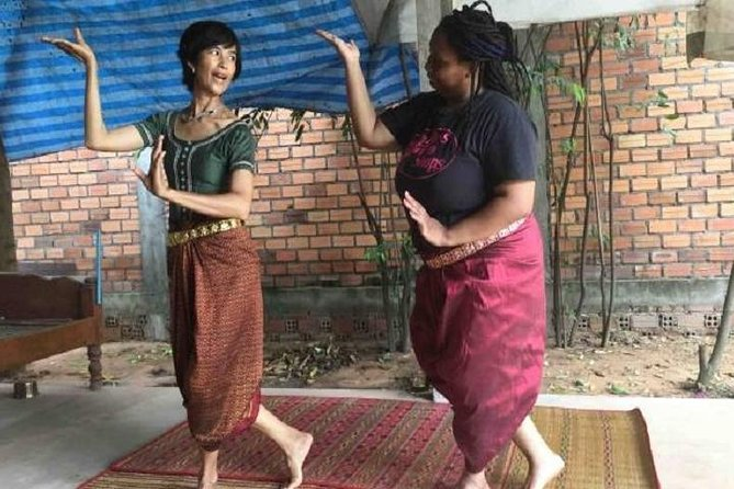 Classical Apsara Dancing: A Glimpse into Cambodian Grace and Elegance