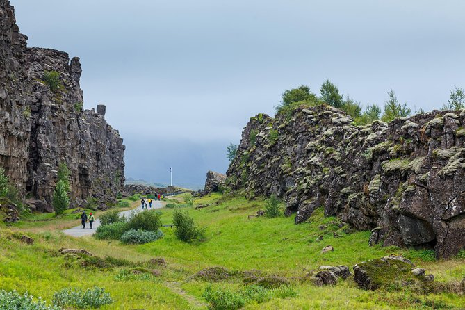 Private Midnight Sun Golden Circle Tour from Reykjavik