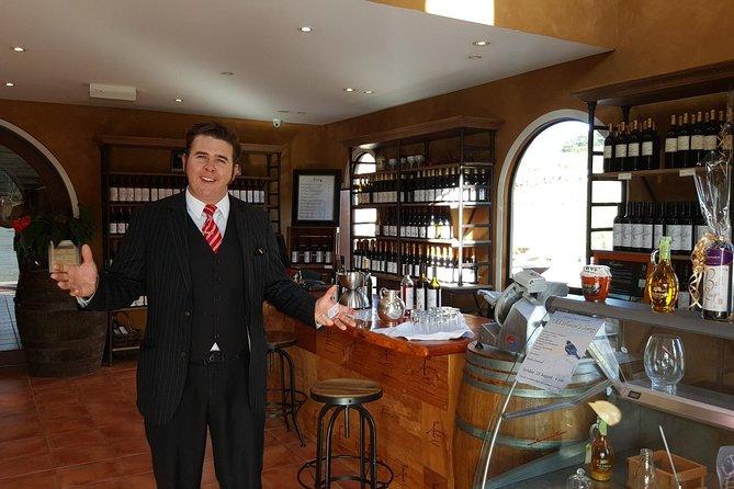 Private Tour North Auckland's Cheese Honey and Matakana Wine Trail