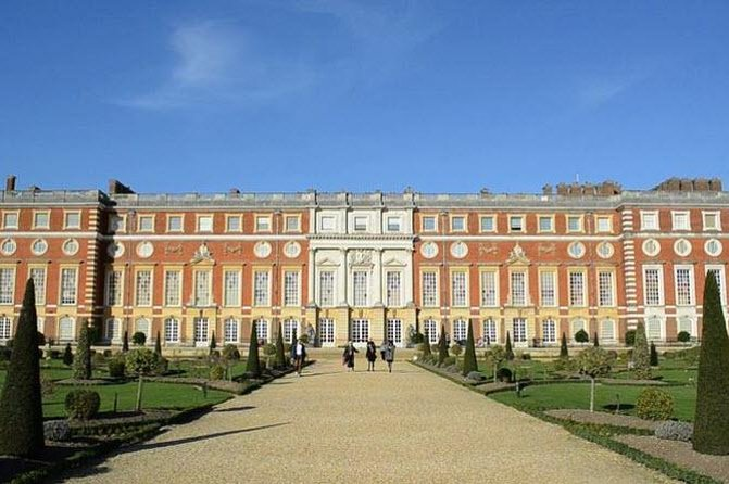 Hampton Court Palace Entrance Ticket