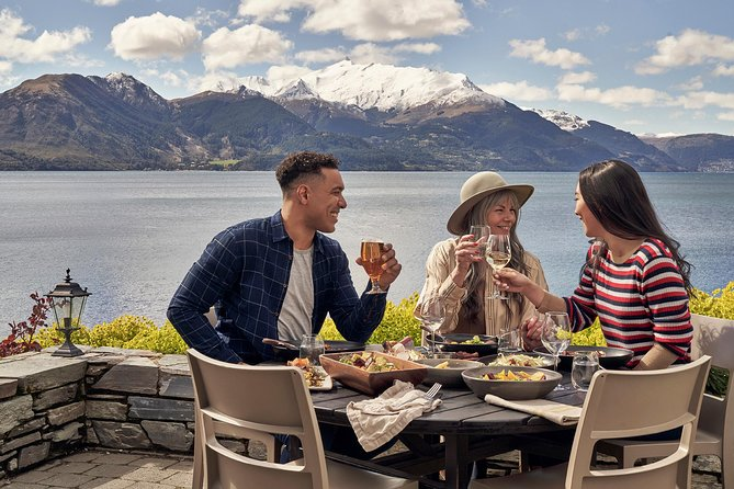 Lunch at Walter Peak High Country Farm and Cruise from Queenstown