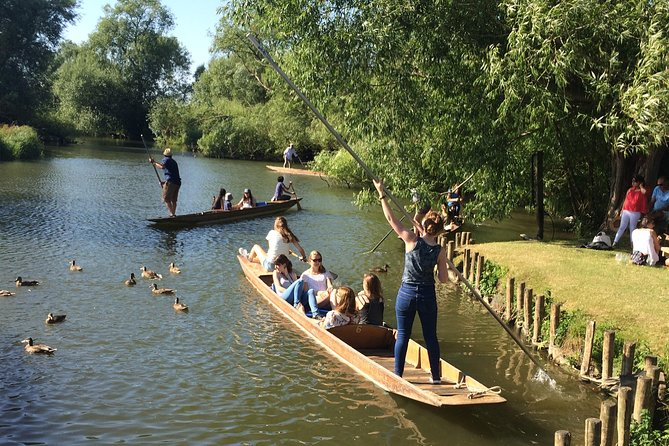 Oxford and Punting on the River Day Tour from Southampton