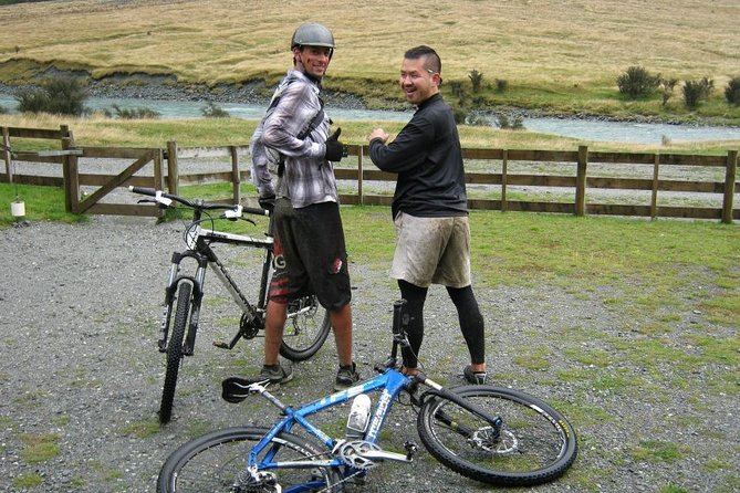 MTB in Auckland forests and New Zealand craft beers photo 7