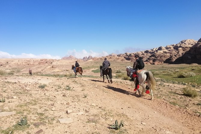 Petra 2 hour horse riding tour: High Place of Sacrifice off the beaten track