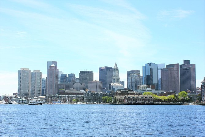 Boston Historic Sightseeing Harbor Cruise photo 2