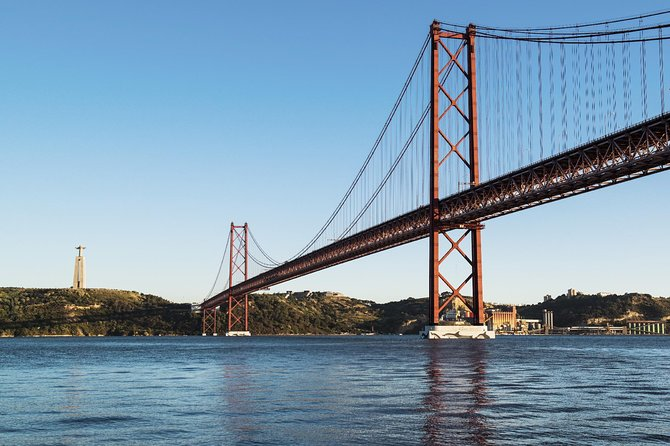 Lisbon 2 Biggest Bridges Private Tour with Outlet Shopping & Lunch photo 11