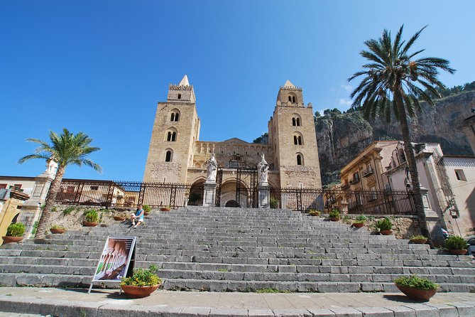 Private transfer from Cefalù to Taormina