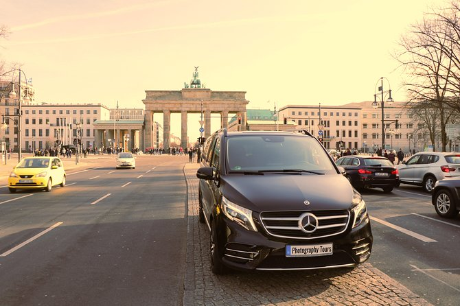 Berlin Private Sightseeing Tour with vehicle and photographer guide