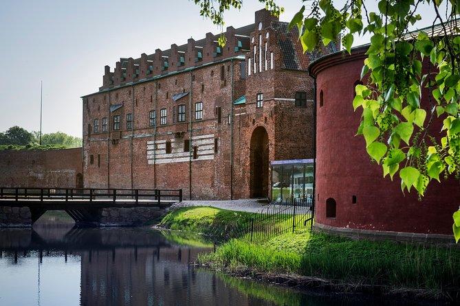 Malmô Tours - Crossing the Bridge to Sweden