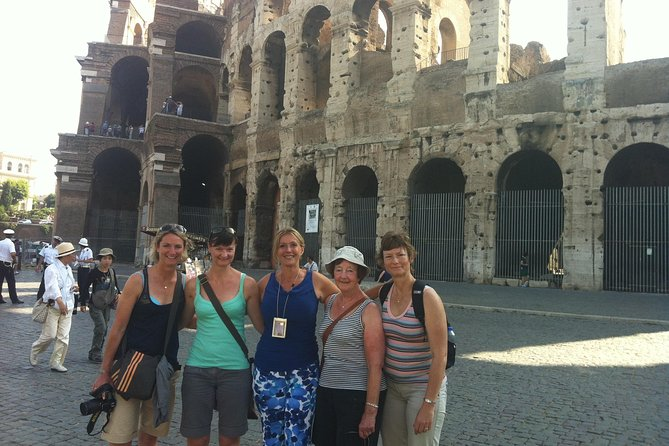 Express Colosseum small group tour with Gladiator Entrance