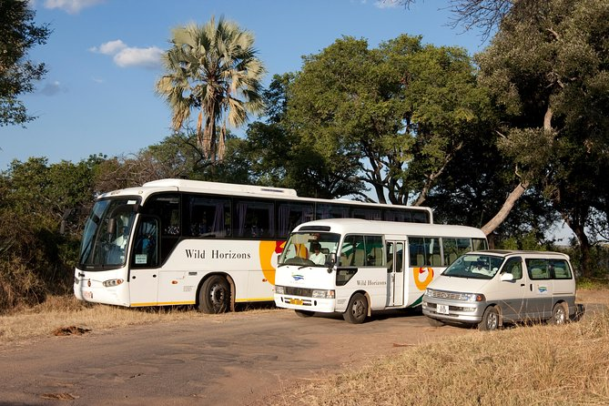 Victoria Falls Airport Pvt Transfers, Sundowner Cruise & Tour of the Falls Combo