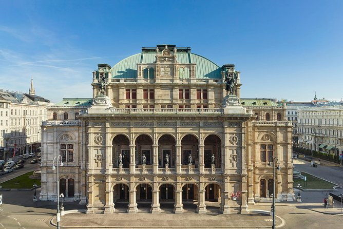 Vienna City Walk Spanish Tour Including Visit of the Opera House